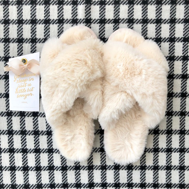 LOFT Faux Fur Slide Slippers