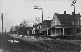 2018-11-23. Lillian St. ca 1910