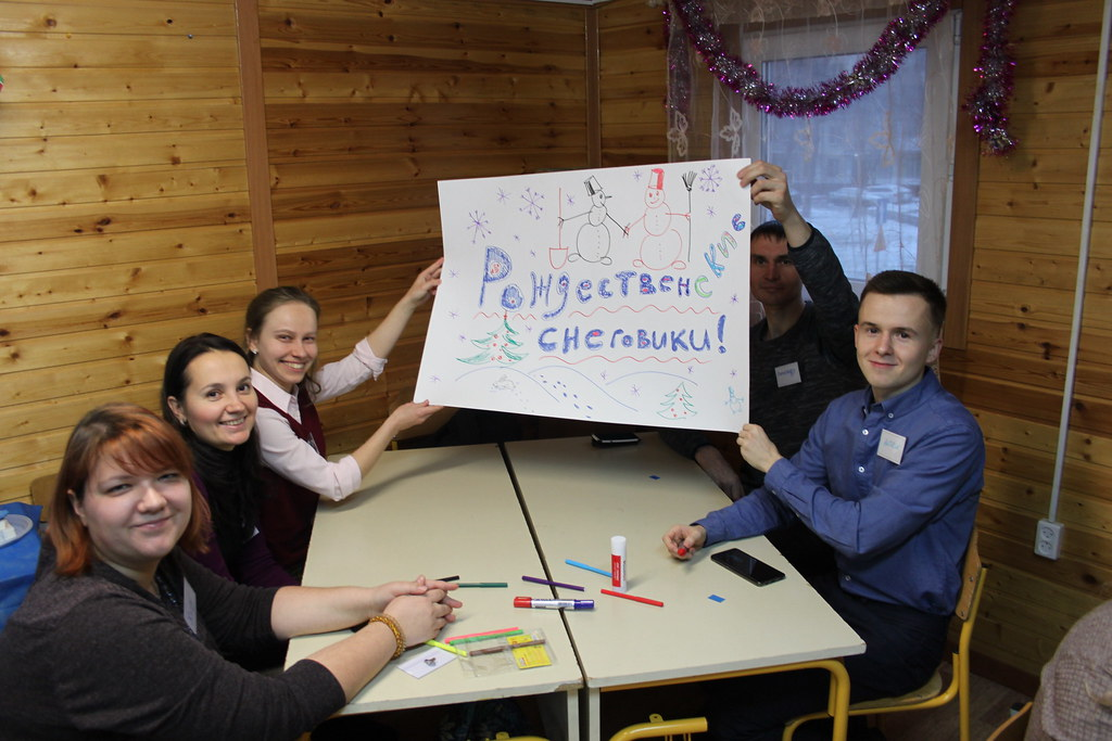 В храме св. блгв. кн. Андрея Боголюбского на Волжском прошла игра-викторина для молодежи