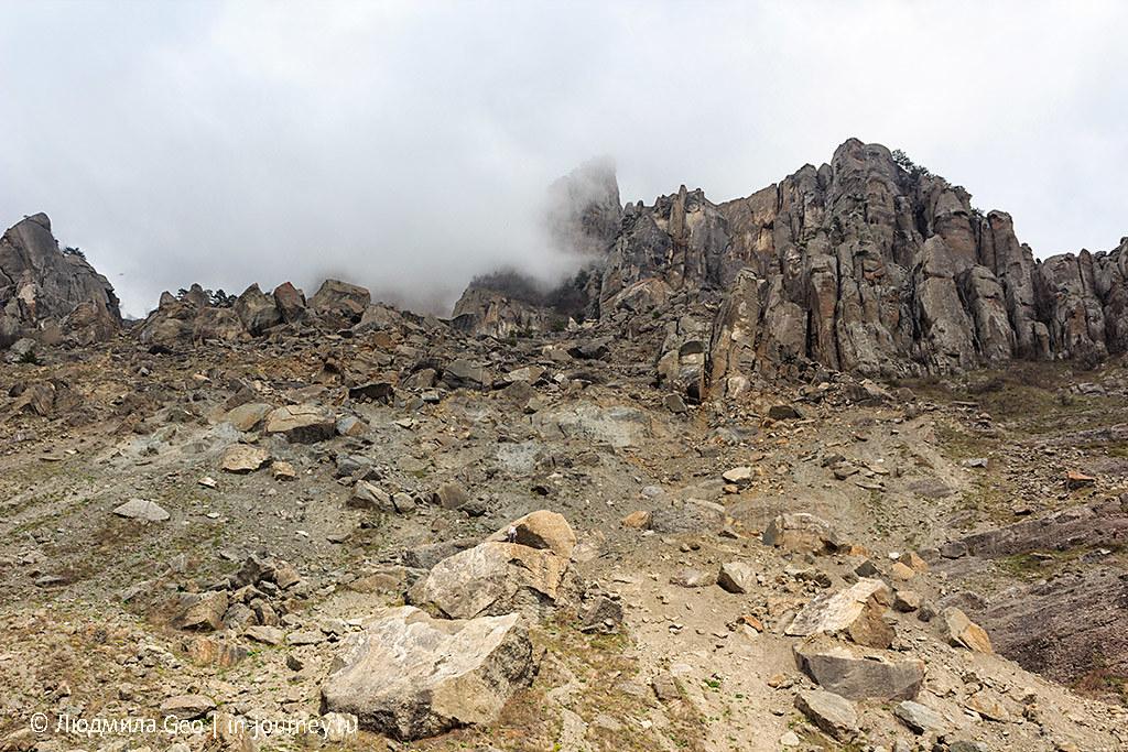 Склоны Демерджи (Долина Привидений)