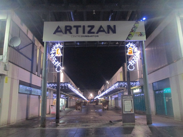 Christmas lights, Dumbarton
