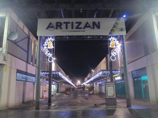 Christmas lights, Dumbarton