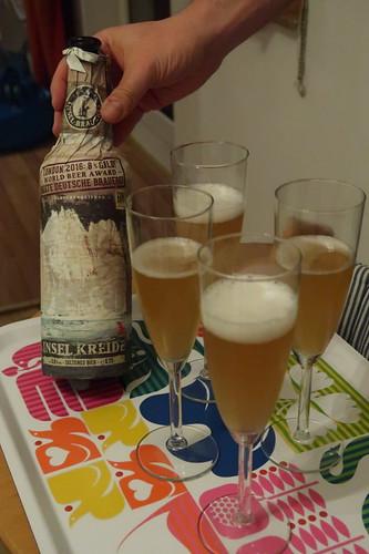 Insel Kreide ( = Craft Bier von der Rügener Inselbrauerei mit Champagner Hefe gebraut)