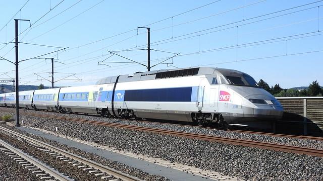 TGV R sau tricourant, Nikon COOLPIX P610