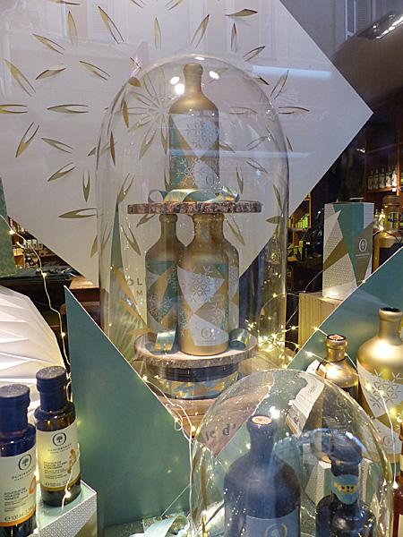 jolies bouteilles d'huile d'olive