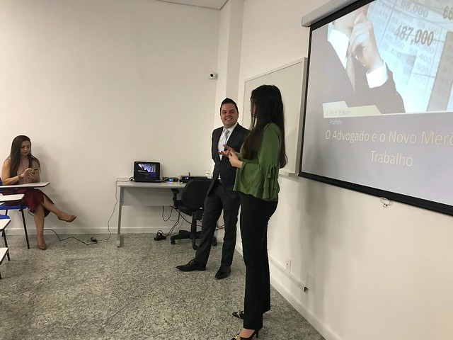 Visita dos Alunos da Fic à sede da OAB-ESA 23-11-2018