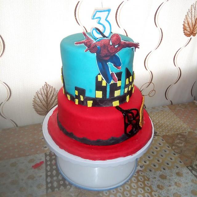 Spiderman by Kare Cake Palour