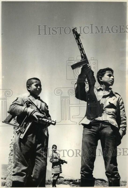 PPSh-Port-Said-Fatah-jordanian-camp-1969-eby-1