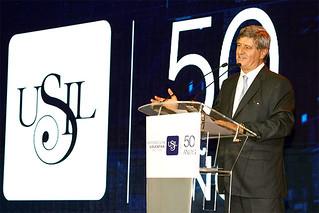 La Corporación Educativa San Ignacio de Loyola celebró sus 50 años de trayectoria anunciando su proceso firme de transformación hacia una educación digital.