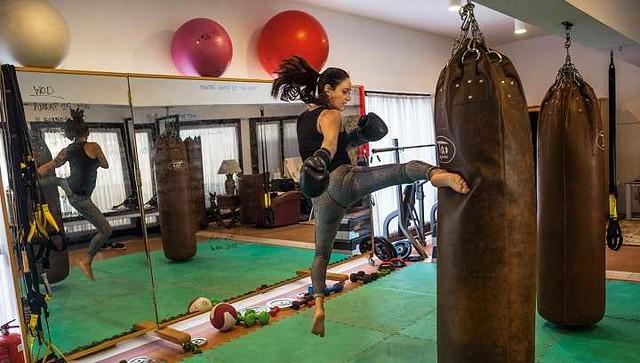 2842 Halah Al Hamrani Only Female Boxing and Kickboxing Trainer in Saudi Arabia 01