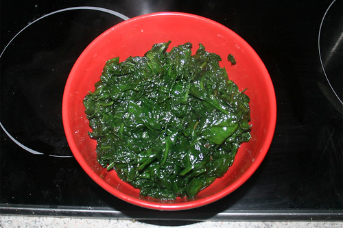 34 - Spinat bei Seite stellen / Put spinach aside