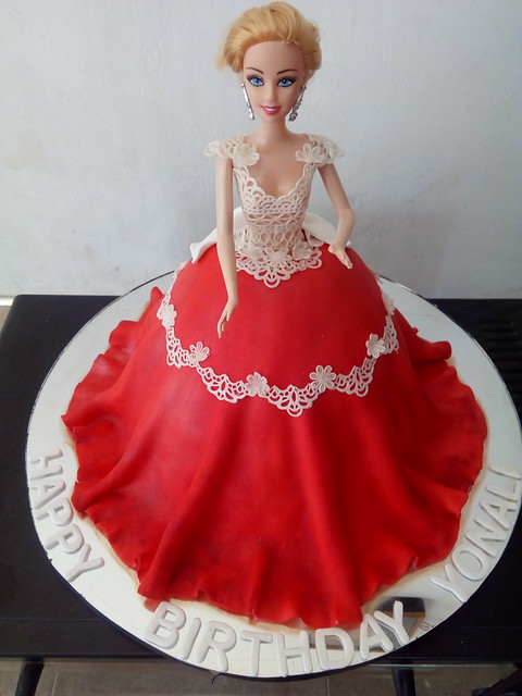Cake by Nadeeka Wedamulla
