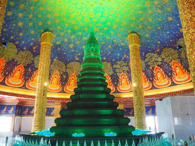 P1020610 ワットパクナム(WAT PAKNAM) 緑ガラス仏塔 バンコク タイ