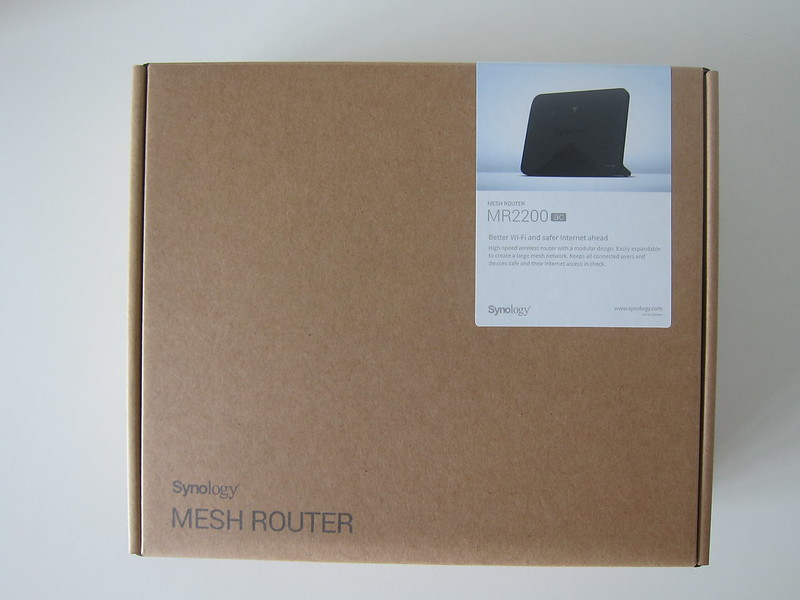 Synology Mesh Router MR2200ac - Box Front
