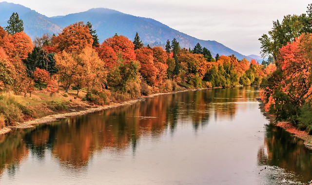 Autumn on the Rogue River