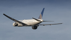 United 777-200ER rocketing out of Amsterdam for Houston