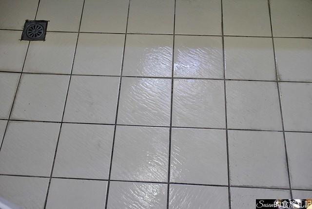 好師傅居家清潔浴廁隱形止滑地板13