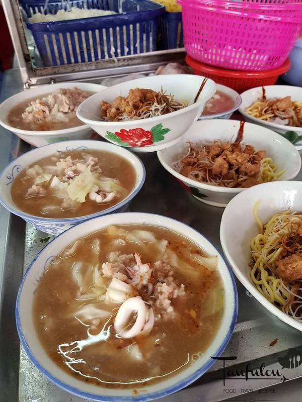 Seafood Pork Noodles (4)