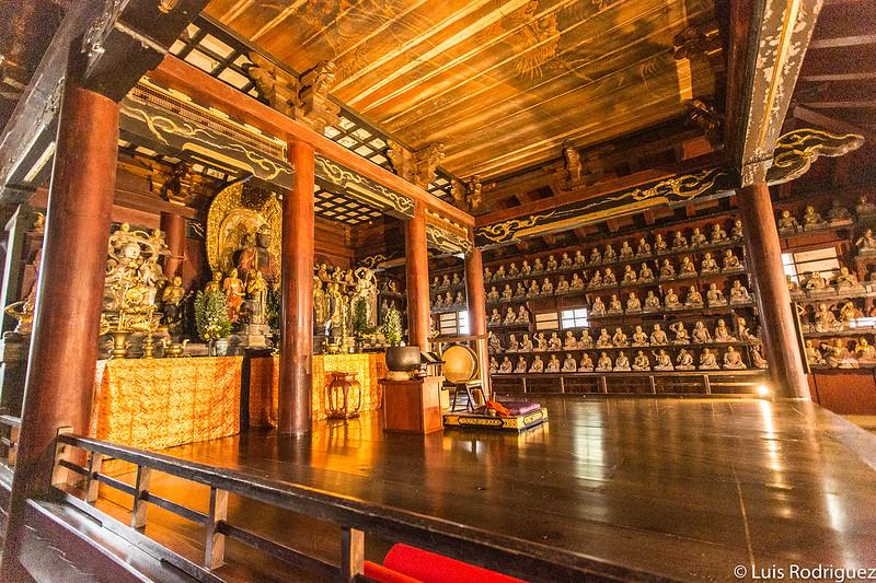 Estatuas de rakan del templo Hoonji de Morioka
