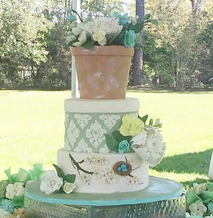 Cake by Q-Ti Cakes