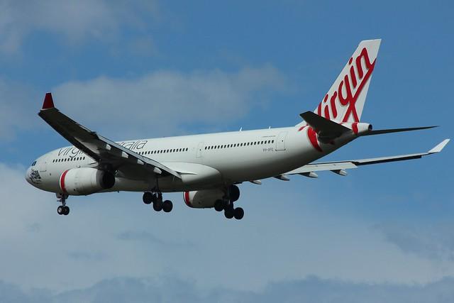 VH-XFE A330-200 of VA, Canon EOS 600D, Canon EF 70-300mm f/4-5.6 IS USM