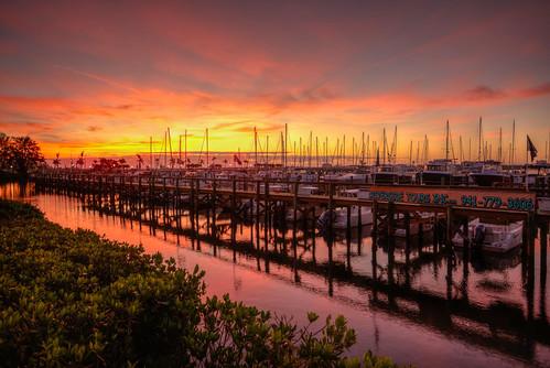 sunrise sun florida palmetto marina harbor boat reflection palmettoflorida floridasunrise hdr riverhouse manateeriver