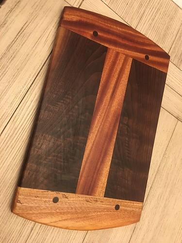 Black walnut and Mahogany cutting board (long grain)