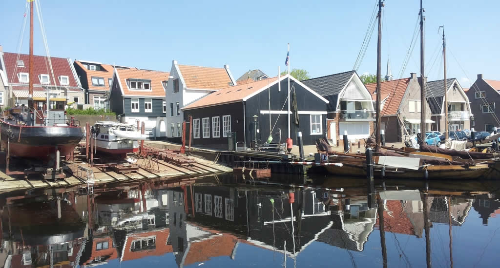 Canals in The Netherlands: Urk | Your Dutch Guide