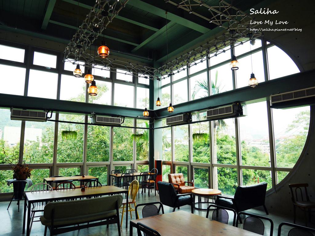 新北深坑老街一日遊景點推薦Arc Cafe下午茶玻璃屋咖啡廳 (4)