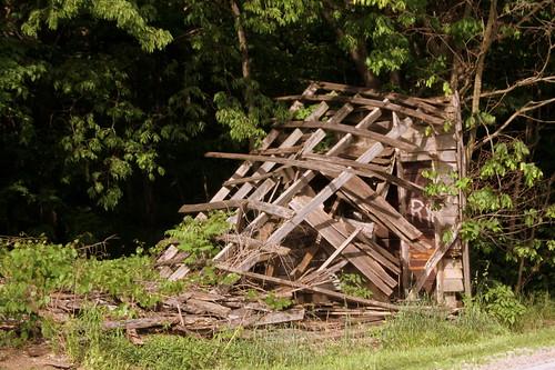 chambersburg in indiana orangecounty us150 rockcity rockcitybarn collapsed barn crumpled fallendown toppled bmok bmok2
