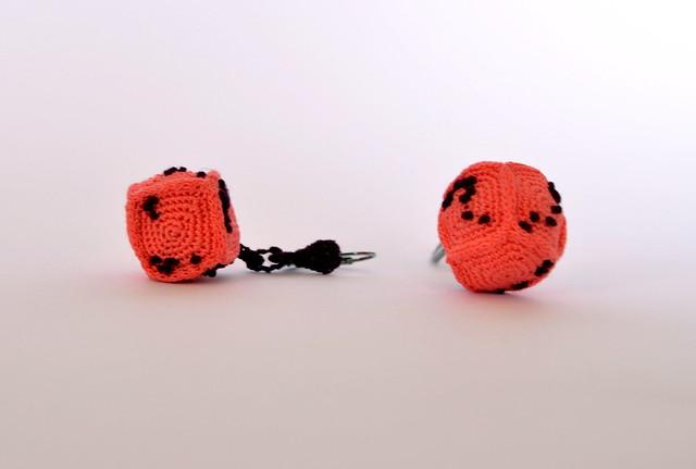 Crochet earrings - Cube