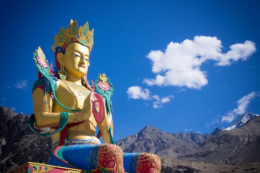 Скульптура будды Майтрейи. Долина Нубра, Ладакх