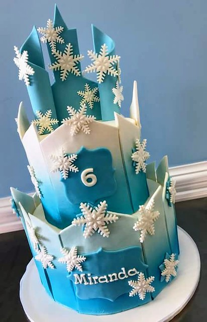 Frozen Theme Cake by Leeanne Mac Lachlan