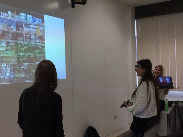 Wat het oog traceert …UCLL demonstreert onderzoeksmethode eye tracking aan 6 M&M