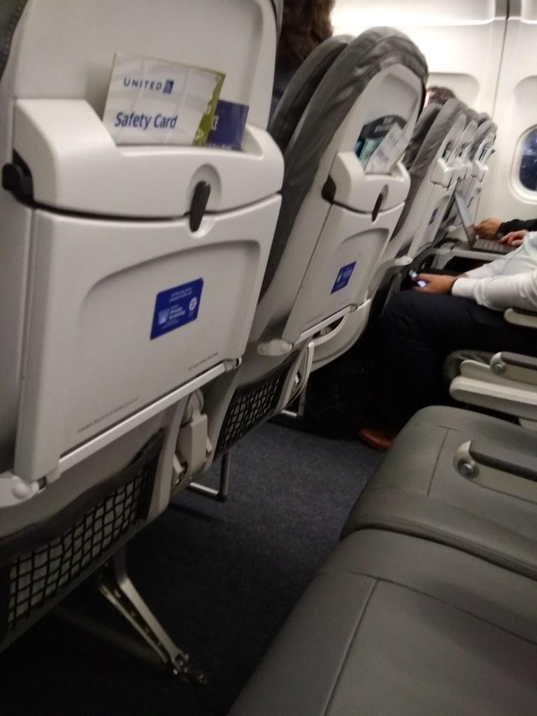 美联航航班