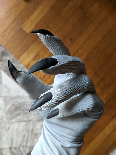 Making the Dagoth Ur Gloves: Before Paint
