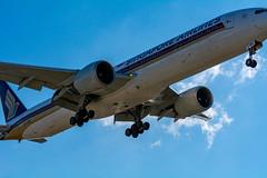 Singapore 777 landing at LAX