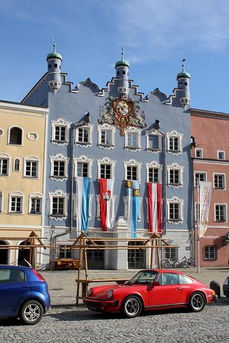 Burghausen: Stadtsaal-Gebäude