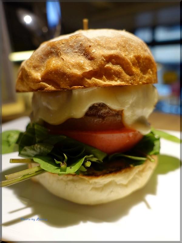 Photo:2018-12-23_ハンバーガーログブック_NHKの番組で提供されたせかほしバーガーを!【北参道】EAT_06 By:Taka Logbook