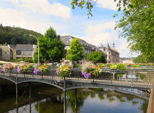 Quimper. The Odet river and the Préfecture in the distance (the administrative building of Finistère.)