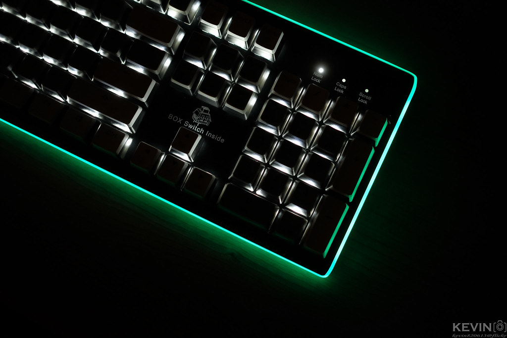 [K]Box白軸 - 凱華紀念鍵盤開箱