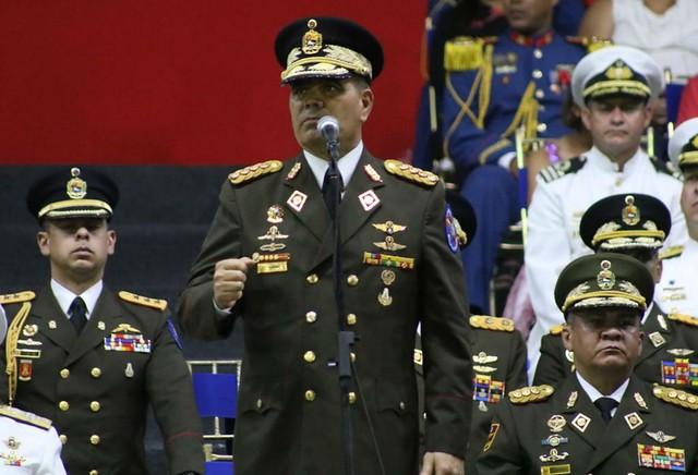 Ganeral Padrino López, comandante das Forças Armadas, diz que Maduro é o único presidente da Venezuela - Créditos: Rádio del Sur