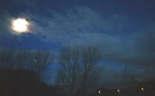 Luna y castillo de Seseña