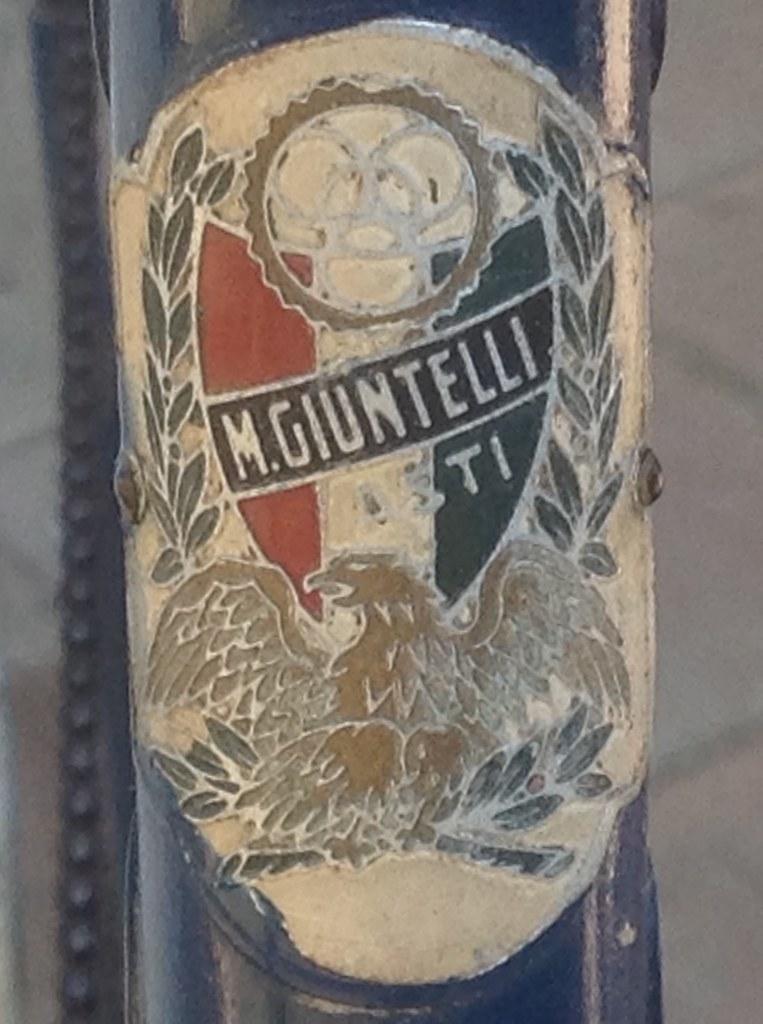 Bicicletta d'epoca da corsa marca Marco Giuntelli - fine '48 inizio '49 - stemma biciclette M.Giuntelli