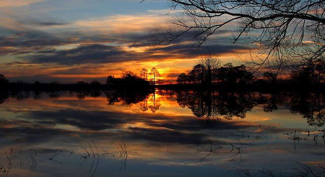 Sunset across a flooded, Canon EOS 600D, Canon EF 24-105mm f/4L IS