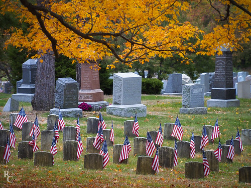 75300mmf4867mzuiko armistice boston em5 ma malden massachusetts melrose newengland omd olympus usa veteransday worldwari autumn cemetary fall flags foliage forest graves graveyard landscape leaves telephoto trees veterans remembranceday armisticeday poppyday