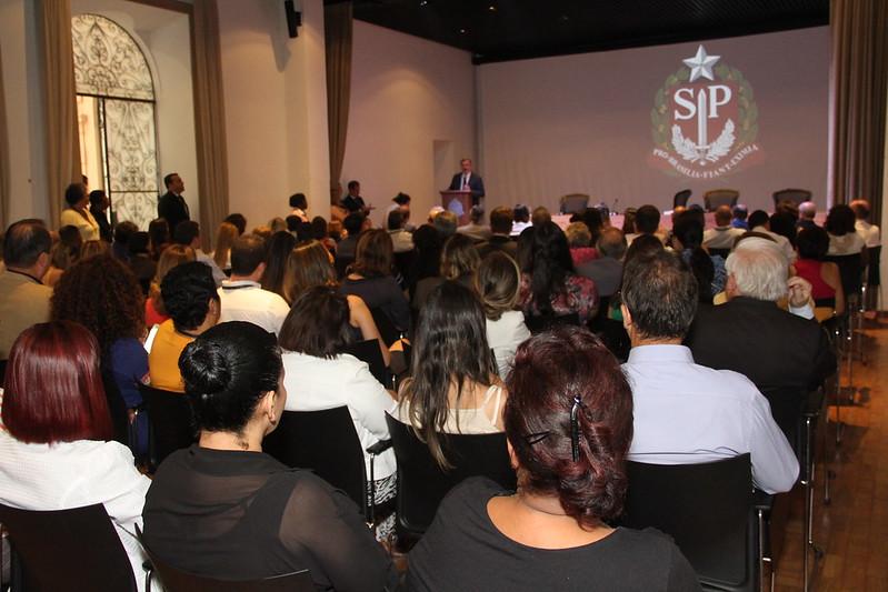 Secretário faz palestra sobre Declaração Universal dos Direitos Humanos a servidores da Pasta
