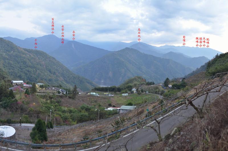 泰安象鼻部落上方(H 1080 m)南眺群山 1-1