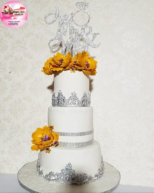 Cake by Sugar 'n' Spice