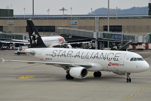 """""""Verbier"""" Swiss International Air Lines HB-IJO Airbus A320-214 cn/673 Painted in """"Star Alliance"""" special colours 03-2015 @ LSZH / ZRH 25-02-2018"""